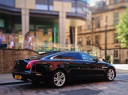 Airport chauffeurs cars in Sheffield