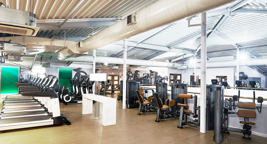Details For David Lloyd Beaconsfield In Glory Mill Lane Wooburn Green High Wycombe Hp10 0by