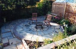 Heritage Circular Paving with retaining wall