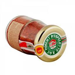 espelette chilli pepper piment
