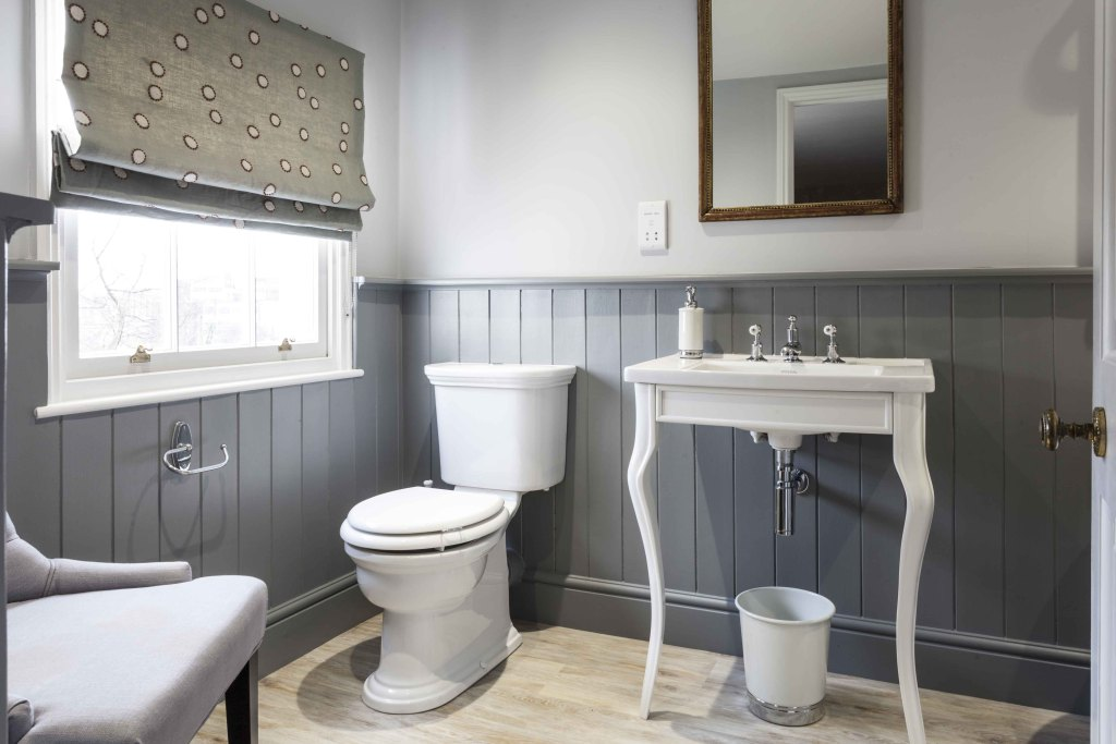 Ukbathrooms Unit 2 5 Ebor Business Park Ure Bank Top Ripon North Yorkshire Hg4 1jd
