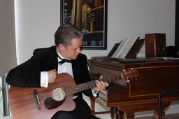 Stefan Joubert striking the right chord!