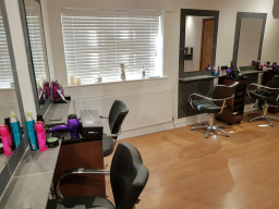 The Salon (Louth) - Styling Stations