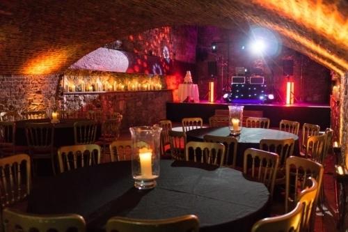 lee live wedding dj 9 burnbank grove edinburgh straiton