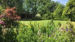 Linford Stables B&B Milton Keynes Garden