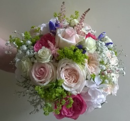 Summer Wedding Flowers by Flower Design, Ripon
