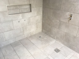 ceramic tiling contractors in London