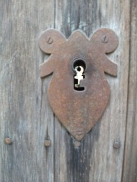 bulleted-odd-keyhole