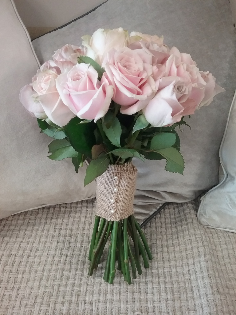 Poppies florist in 124 huish yeovil somerset ba20 1bq classic pink rose bridal bouquet izmirmasajfo Images