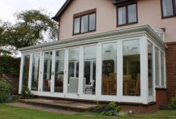 Replacement conservatory with lovely clean lines