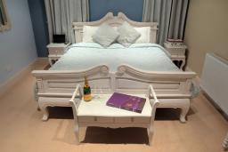 The Parisian Dreams Suite