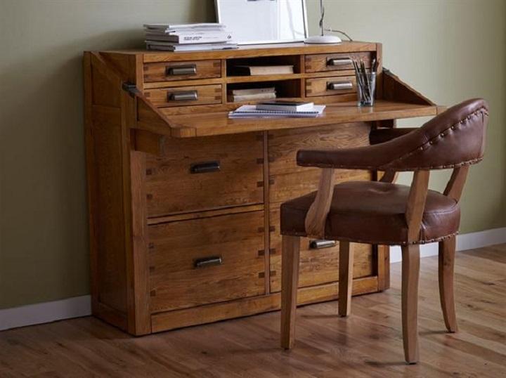 details for christopher pratts in 9 regent street leeds west yorkshire ls2 7qn mirror. Black Bedroom Furniture Sets. Home Design Ideas