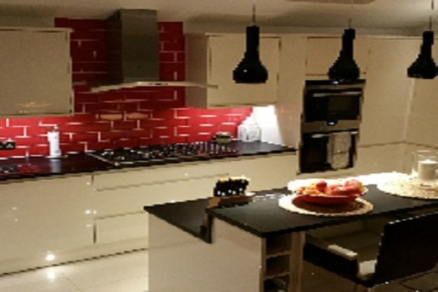 Bathroom And Kitchen Fitter In 66 Canterbury Avenue