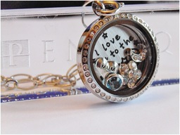 Sparkling round mum living locket