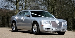 Chrysler 300c (Baby Bentley lookalike)