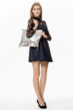 Acess Wholesale Folding Handbags On Model