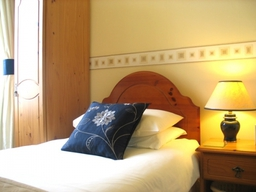Business accommodation in Torquay, executive single rooms from £30pppn