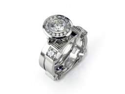 Hera Suite: Engagement Ring and fitted Wedding Ring