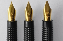 Left handed calligraphy pens