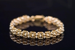 Two colour gold braclet
