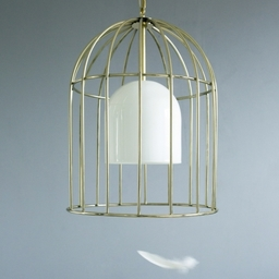 The golden birdcage, as featured in several myths and fairytales, provides the inspiration for this stunning design.