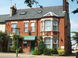 Welcome to fairways guest house in Cambridge