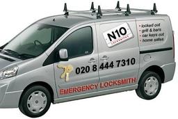 N10 Emergency Locksmiths Van