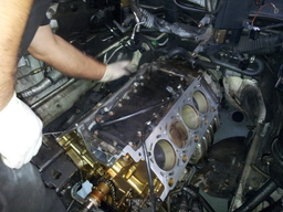 BMW 4.4ltr V8 cylinder head gasket repair...