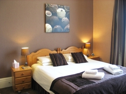 Luxury en-suite Double room ideal for that special occasion stay