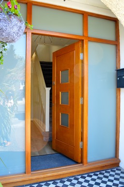 Combination Frame & Door.