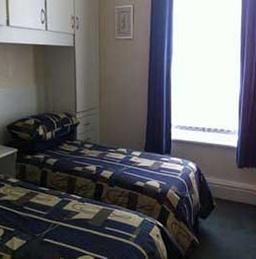 Twin bedded en-suite room.