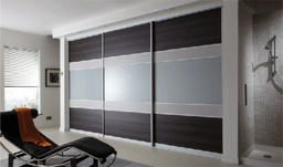 Fitted Bedroom Wardrobes With 5 Panel Door