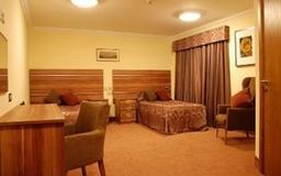 A Premium single or Twin Bedroom
