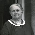 Dr Maria