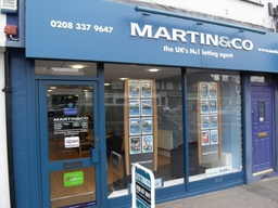 Martin and Co Sutton Shop Fronnt