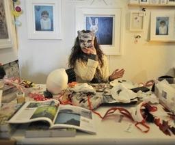 Louise Prentice mask-making at the Open Studio Brighton