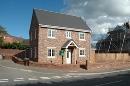 New 4 Bed House