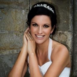 Beautiful bride at Kinnettles Castle, near Forfar