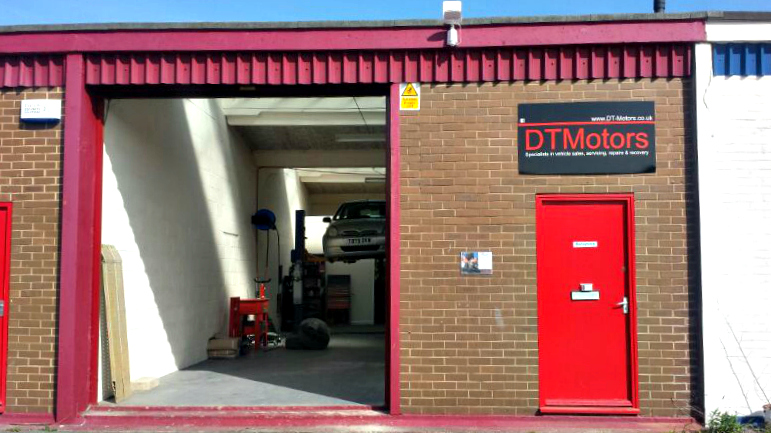 Dt Motors Cheltenham In 10d Alstone Lane Industrial Estate