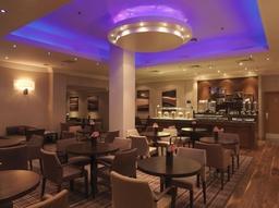 Executive Lounge Large