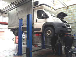 We can accomodate large vans and small lorries...