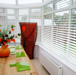 Bright White Solid Wooden Venetian Blinds With Cor