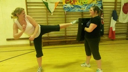 Kickboxing fitness - Great for calorie burning!