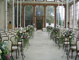105 0506  Nash Gallery Kew...awaiting the guests