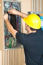 Mark Hamilton Qualified Experienced Electrician
