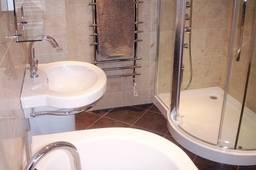 Bathroom Ceramic Floor Tiles and Marble Wall Tiles