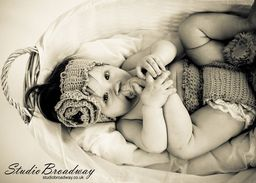 Baby photo sessions at Studio Broadway