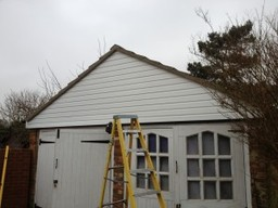 Portsmouth builders new roof