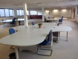 coworking/ meeting spaces