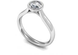 Diamond single stone engagement ring set in Platinum